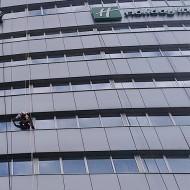 Výškové práce - Čistenie okien (2)